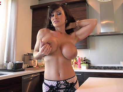Cougar pornstar Lisa Ann with large fake boobs fucked at the end of one's tether a stud